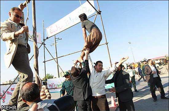 بخشیده شدن یک اعدامی در حین اعدام ( تصویری)