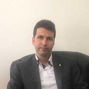 محسن رفعتی وکیل پایه یک دادگستری و مشاوره حقوقی، حقوق اراضی و ثبت املاک دانشگاه علوم قضایی تهران، متخصص دعاوی ملکی