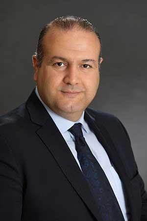 حمید رضا کاکاوند وکیل پایه یک دادگستری و مشاوره حقوقی با 18 سال سابقه وکالت و ده سال انجام امور تخصصی وکالت بانک صادرات و متخصص در دعاوی مربوط به امور بانکی و موسسات مالی و اعتباری