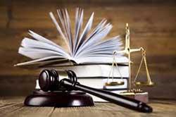 وکیل پایه یک دادگستری مشاور حقوقی مدرس دانشگاه متخصص در کلیه دعاوی حقوقی،کیفری،خانواده،ثبتی شهرداری،قراردادها ، اسناد و شرکتهای تجاری