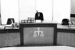 نحوه مطالبه ضرر و زیان ناشی از جرم در دادگاه