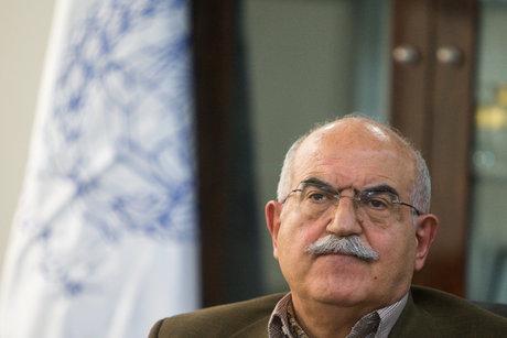 بهمن کشاورز در گذشت