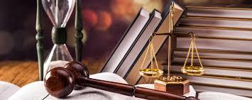 خدمات وکالت به افراد ناتوان مالی رایگان ارائه می شود