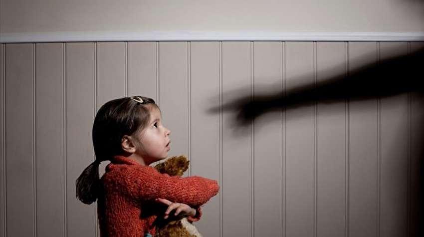 کودک آزاری در نگاه قانون و دین