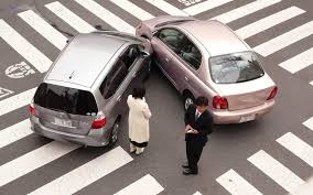 وضعیت حقوقی بیمه گر،مقصر حادثه و مالک خودرو