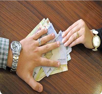 میزان نفقه زن چقدر است ؟،یک سال حبس در انتظار مردانی که نفقه نمی دهند