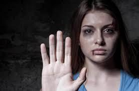 درخواست ابتکار برای اجرای هرچه سریع تر لایحه منع خشونت علیه زنان