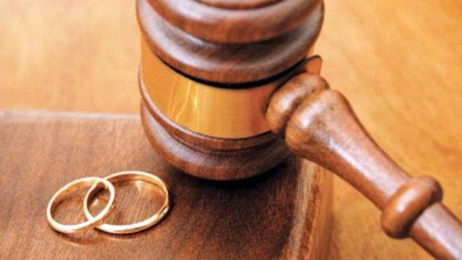 اگر طلاق از سوی مرد باشد ، چه حق و حقوقی باید به زن پرداخت شود ؟