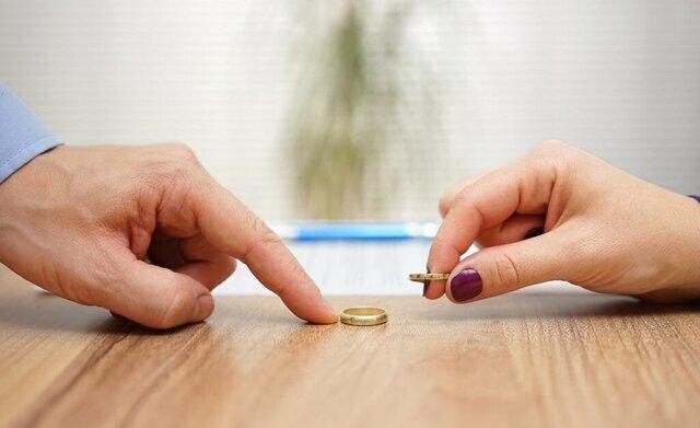 ثبت طلاق در دفاتر محدود می شود