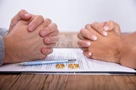 عواقب قانونی ترک منزل توسط همسر