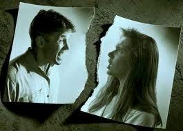 در چه مواردی زن حق فسخ پیوند زناشویی را دارد؟